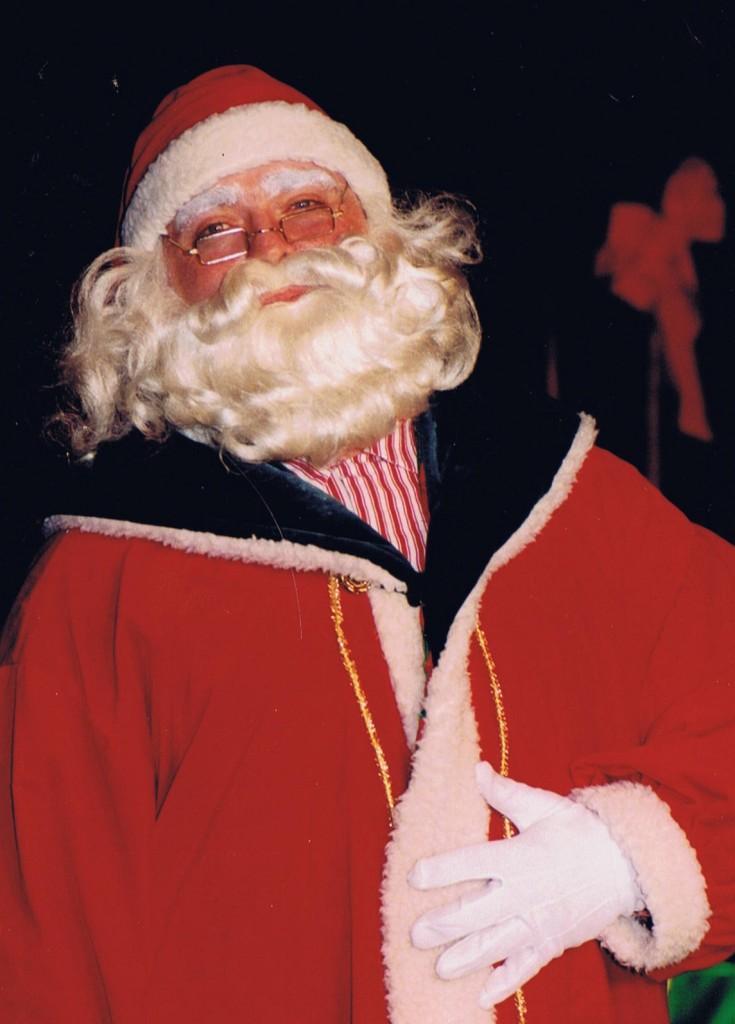 Santa Damon DeSoto Live